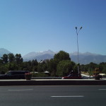 4000m hohe Berge, durch den Smog etwas vergilbt